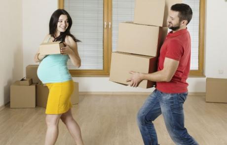 Защо трябва да се преместите преди да дойде бебето…. Или пък, всъщност, защо НЕ трябва