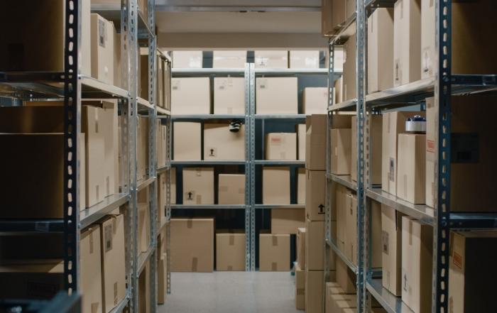 Наем на склад и складиране на вашите вещи